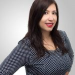 Headshot of Lucrezia Iapichino - Co-founder Blogging for New Bloggers & Tinylovebug